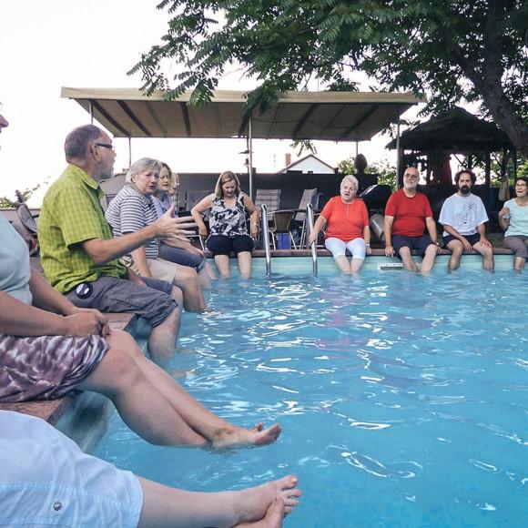 Sommerliche Pool-Probe